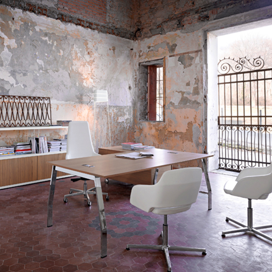 Exectuive-Desks-6.jpg